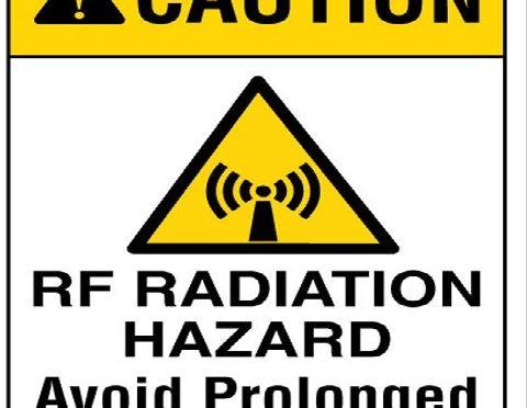 Lažne vijesti štetnije od RF zračenja mobitela? Možda mogu biti i korisne?