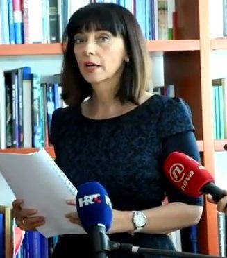 Vijest Maxportala da ministrica Divjak laže o pedofiliji u lektiri je manipulacija