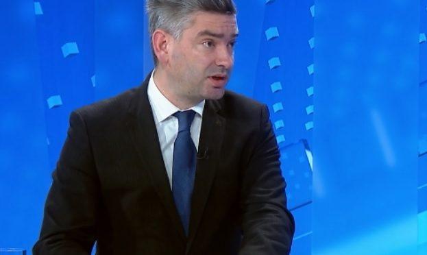 Je li Boris Miletić zabranio vojnim zrakoplovima let nad Istrom?